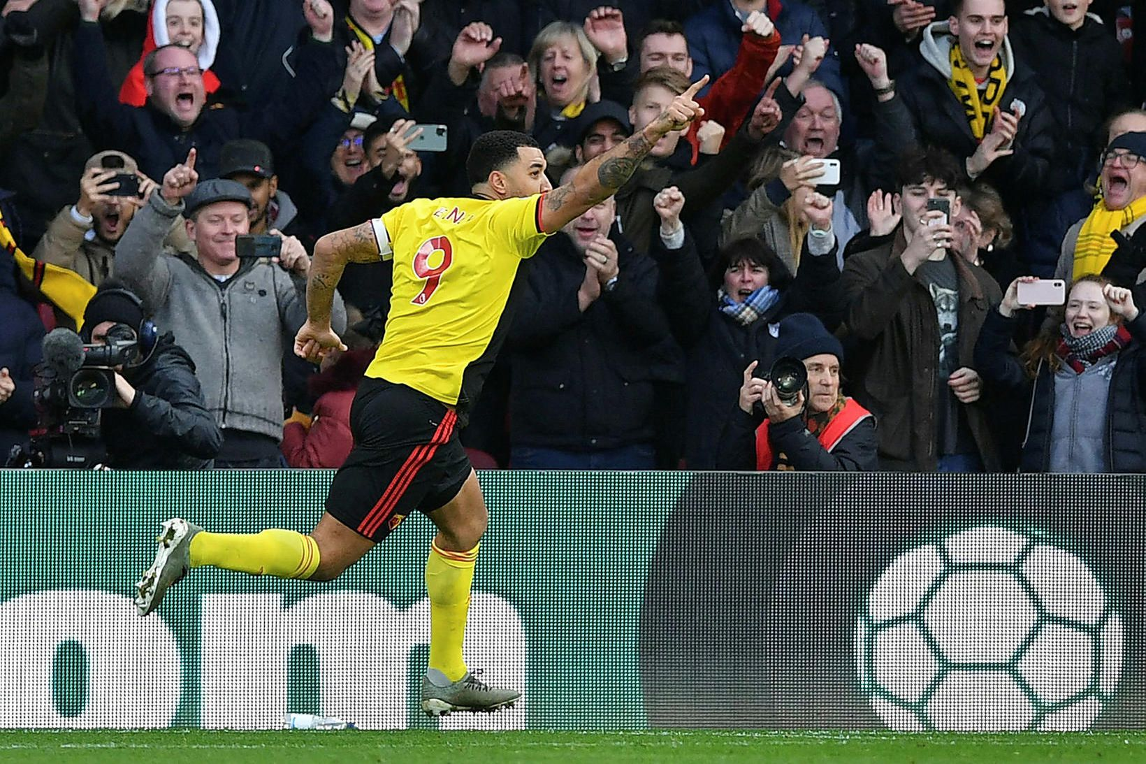 Troy Deeney skoraði eitt mark.
