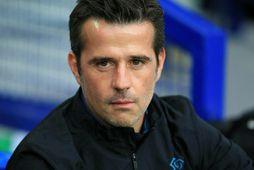 Marco Silva fær tíma til þess að snúa gengi Everton við.