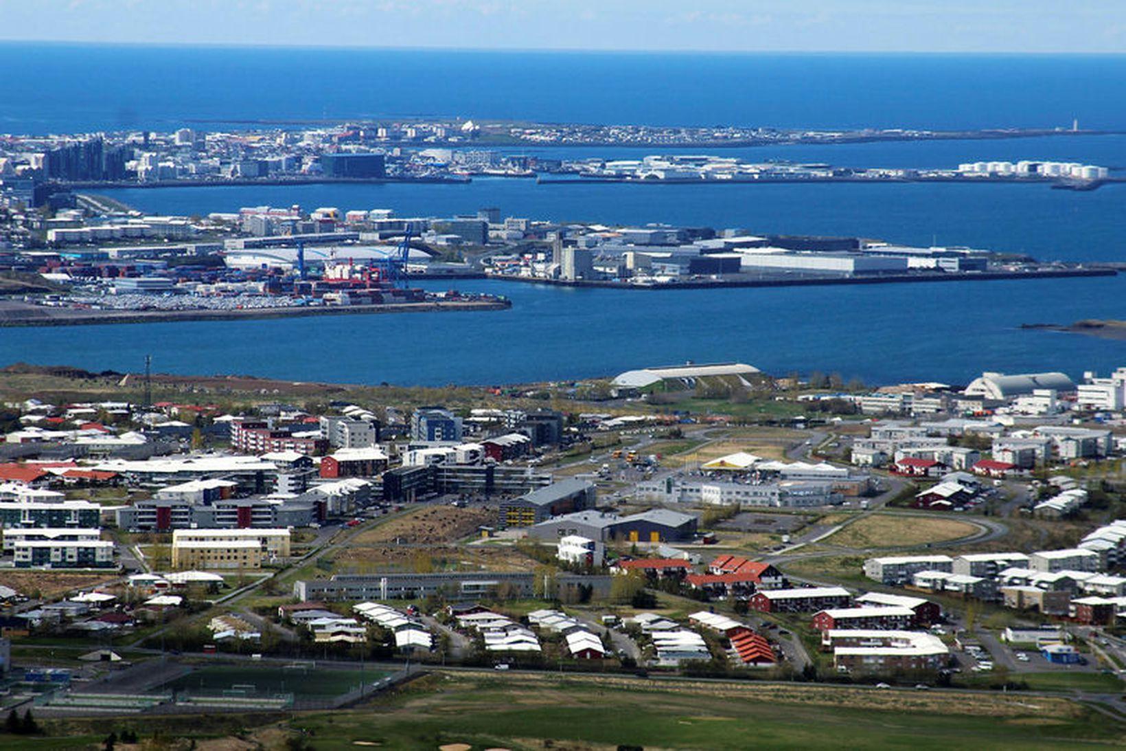 Raunverð íbúða á höfuðborgarsvæðinu lækkaði um -0,2% milli mánaða. Mynd …