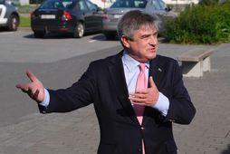 Guðmundur Franklín Jónsson á kjörstað í morgun.
