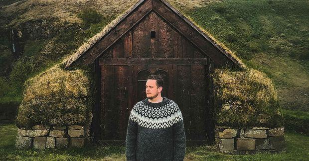 Sverrir Arnar Friðþjófsson ferðast mikið um landið og tekur myndir.