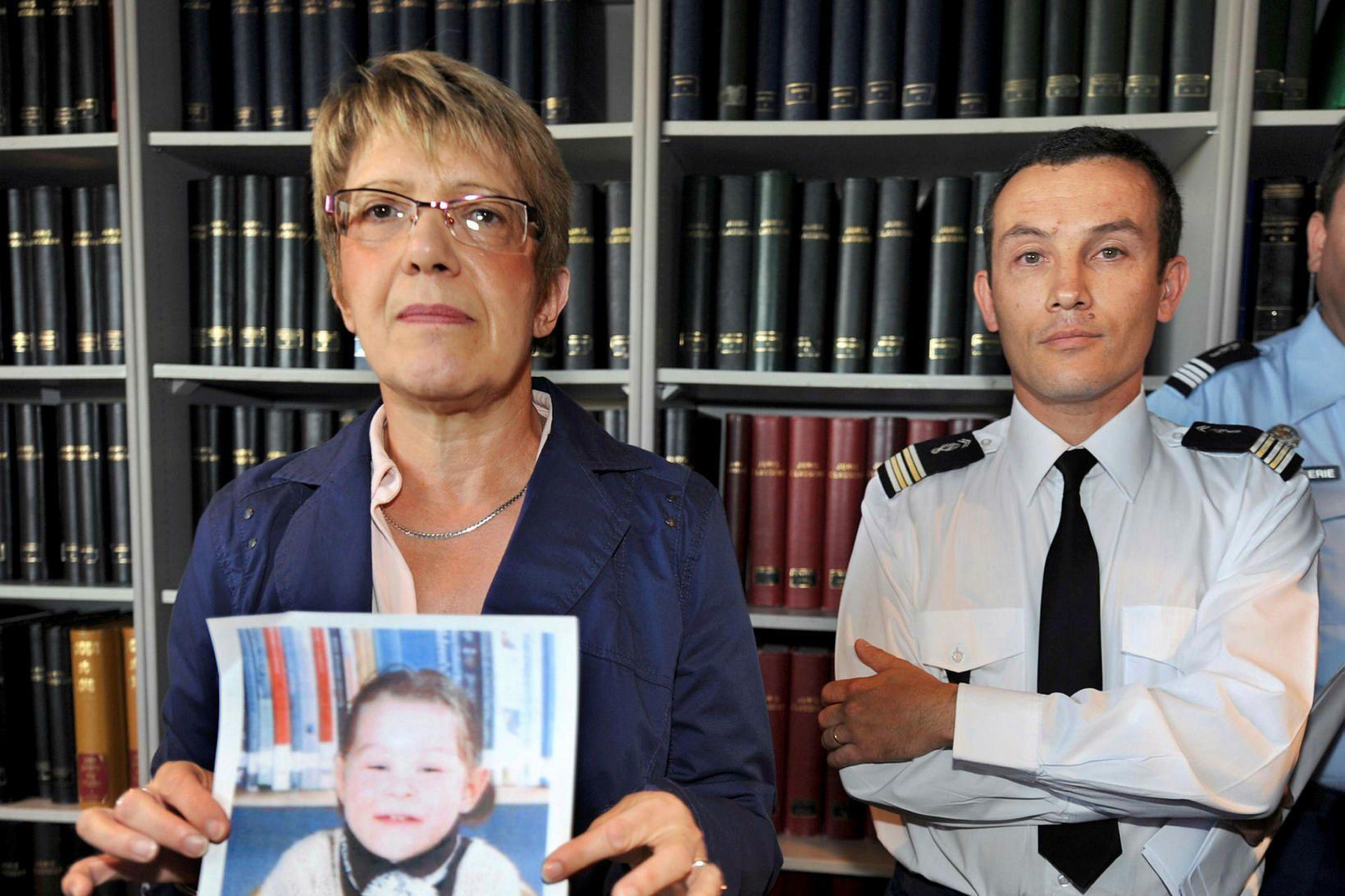 Saksóknarinn Joelle Rieutort, public prosecutor (til vinstri) ásamt Pascal Julien, …