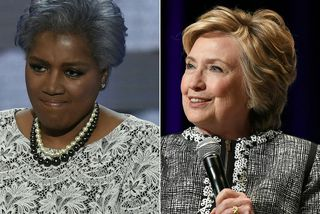 Donna Brazile (t.v.) segir í bók sinni að Clinton hafi hlotið forskot í baráttunni við ...