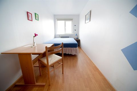 Fit Hostel by the Airport