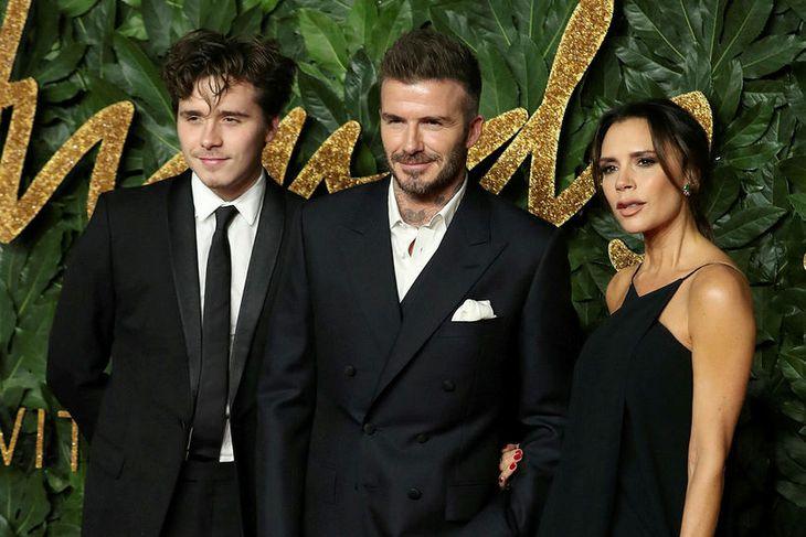 Brooklyn Beckham ásamt foreldrum sínum David og Victoriu Beckham.