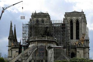 Notre Dame-dómkirkjan skemmdist mikið í eldsvoðanum 15. apríl.