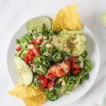 Humar-guacamole með stökkum flögum