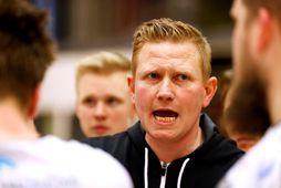 Kristinn Guðmundsson hefur þjálfað HK og ÍBV hér heima ásamt Erlingi Richardssyni.