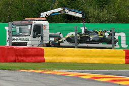 Þrátt fyrir að eiga næstbesta tímann kláraði Daniel Ricciardo seinni æfinguna í Spa á vörubílspalli …