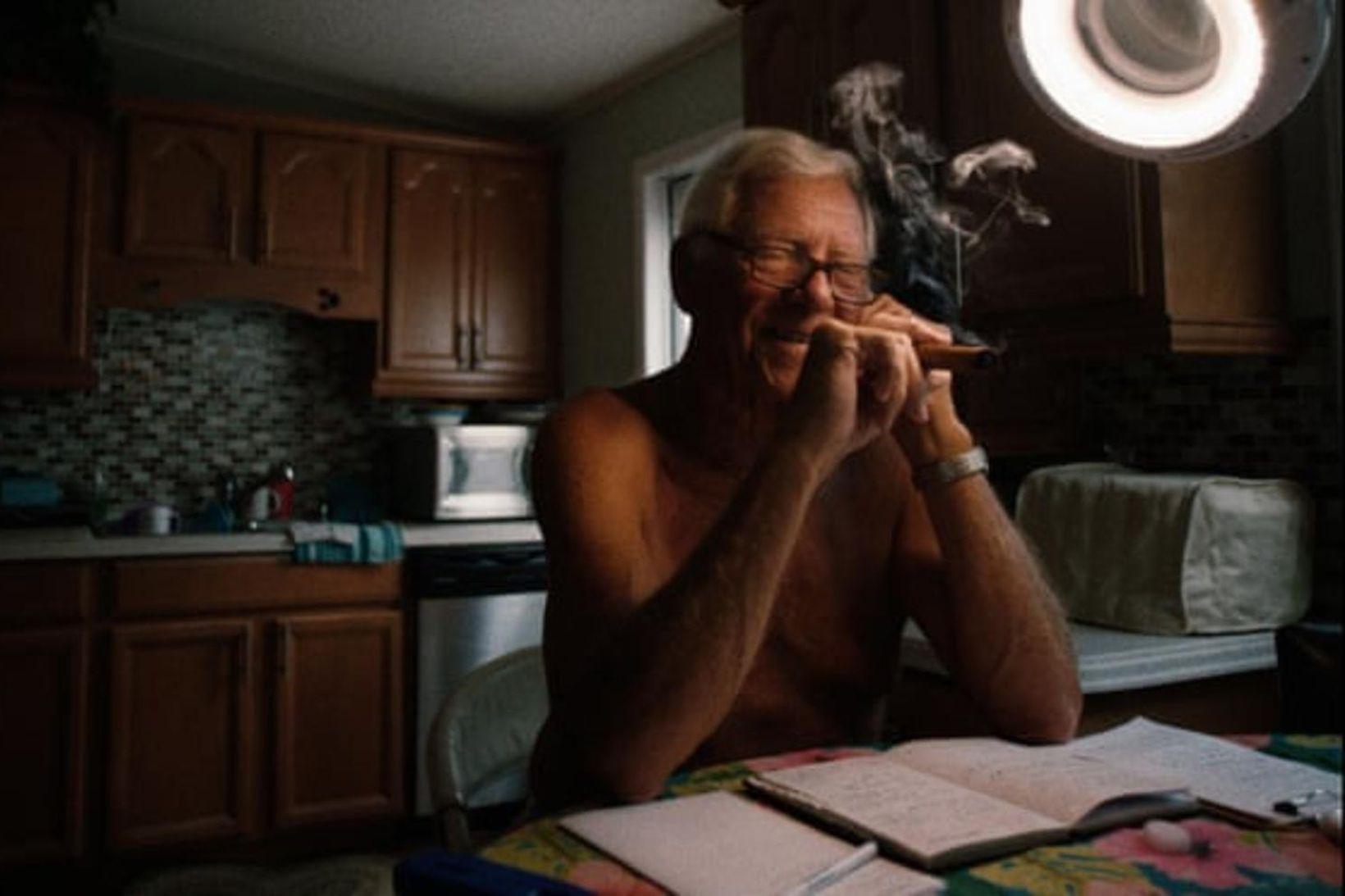 Kvennamaðurinn Dennis Dean má muna vífil sinn fegurri.