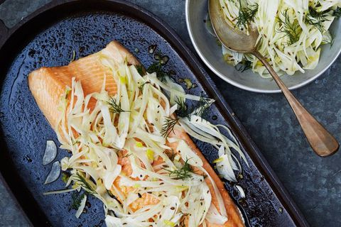 This elegant way to serve trout or salmon fillets has a distinctly Nordic flavour to it.
