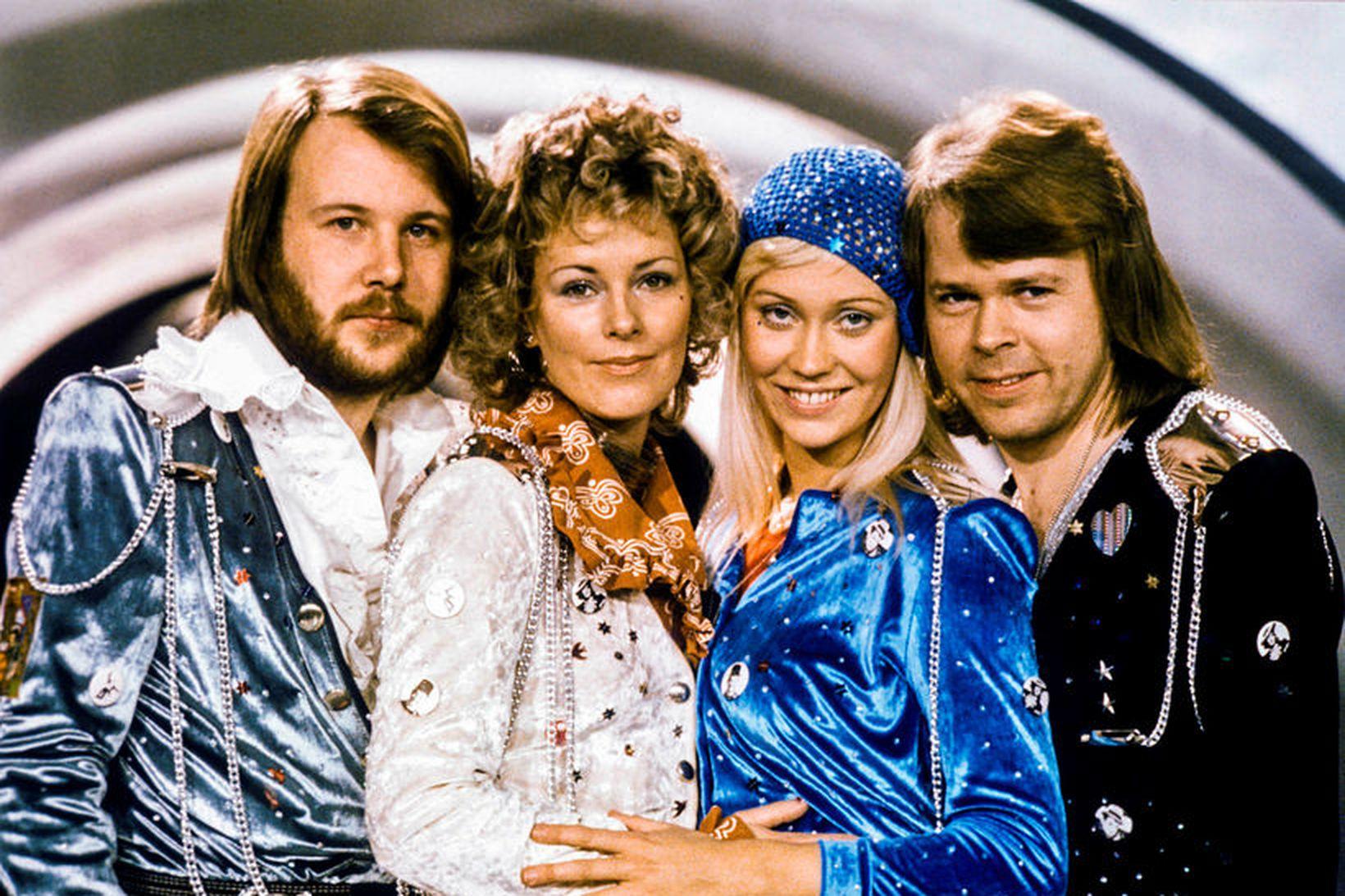 Hljómsveitin ABBA gefur út nýja plötu í vetur.