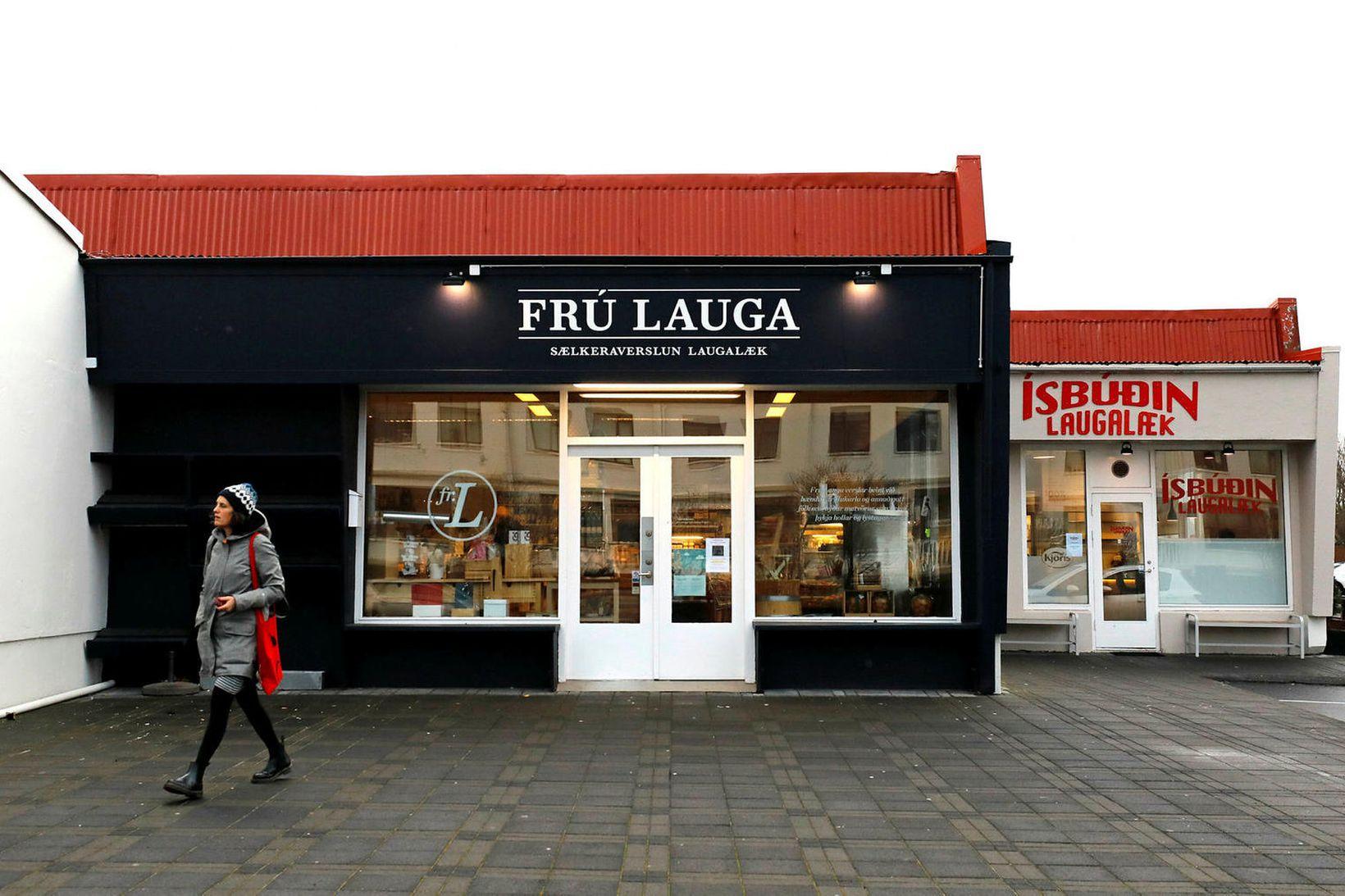 Frú Lauga hefur fest ráð sitt.