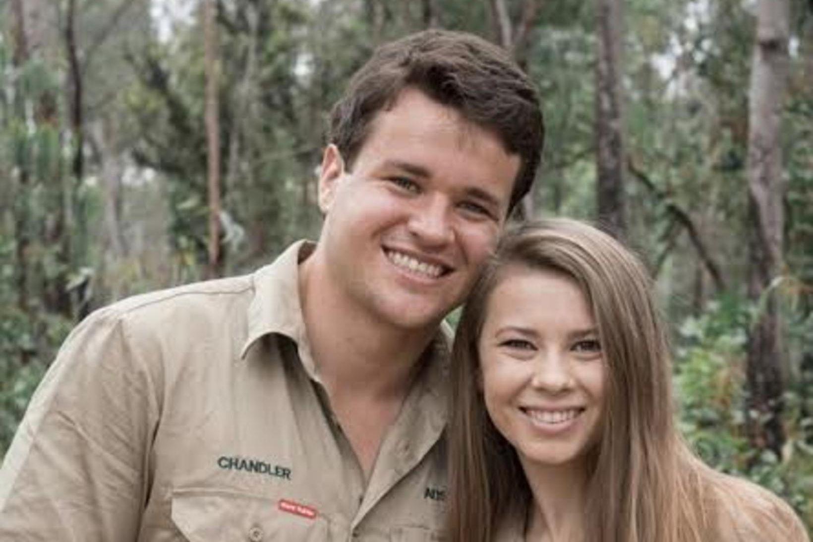Chandler Powell og Bindi Irwin eignuðust sitt fyrsta barn 25. …