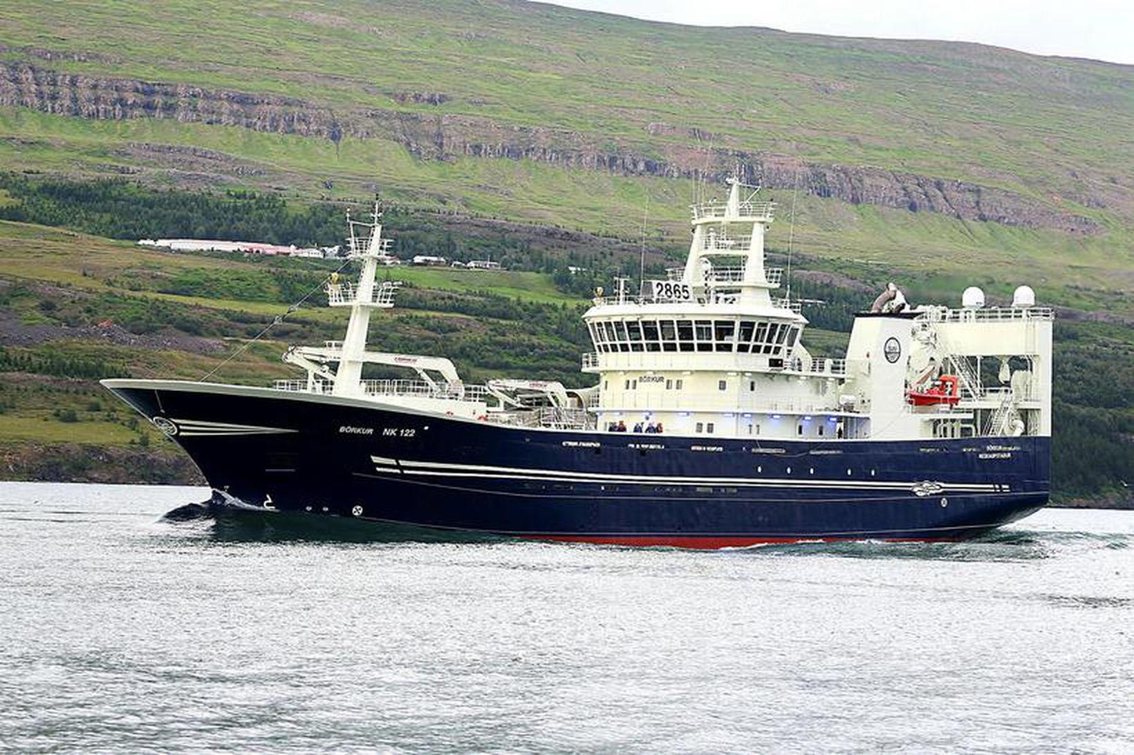 Börkur NK er á leið til Neskaupstaðara með 1.660 tonn …