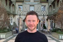 Devon Murray á von á barni.