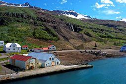 Hér stóð Tækniminjasafn Austurlands ásamt fleiri húsum sem fóru undir aurskriðuna stóru þann 18. desember.