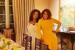 Oprah Winfrey ásamt bestu vinkonu sinni Gayle King á 65 ára afmæli þeirrar síðarnefndu.