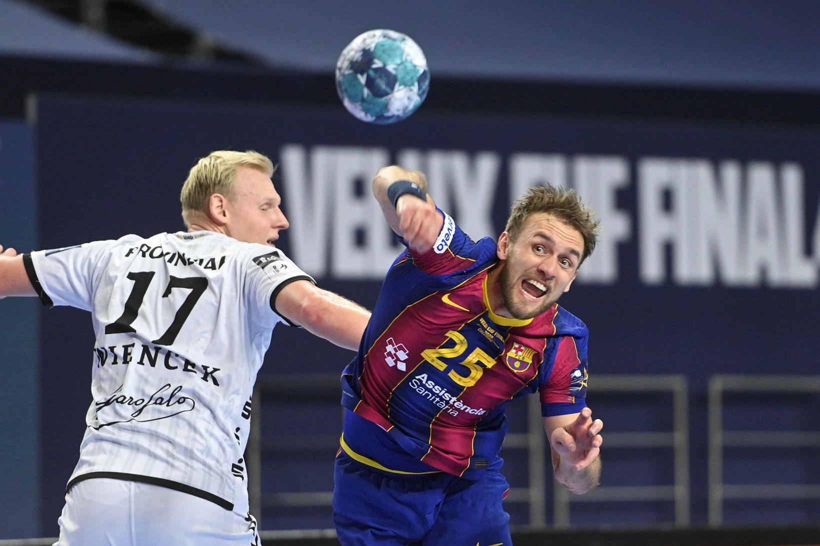 Luka Cindric er samherji Arons Pálmarssonar hjá Barcelona og skorar …