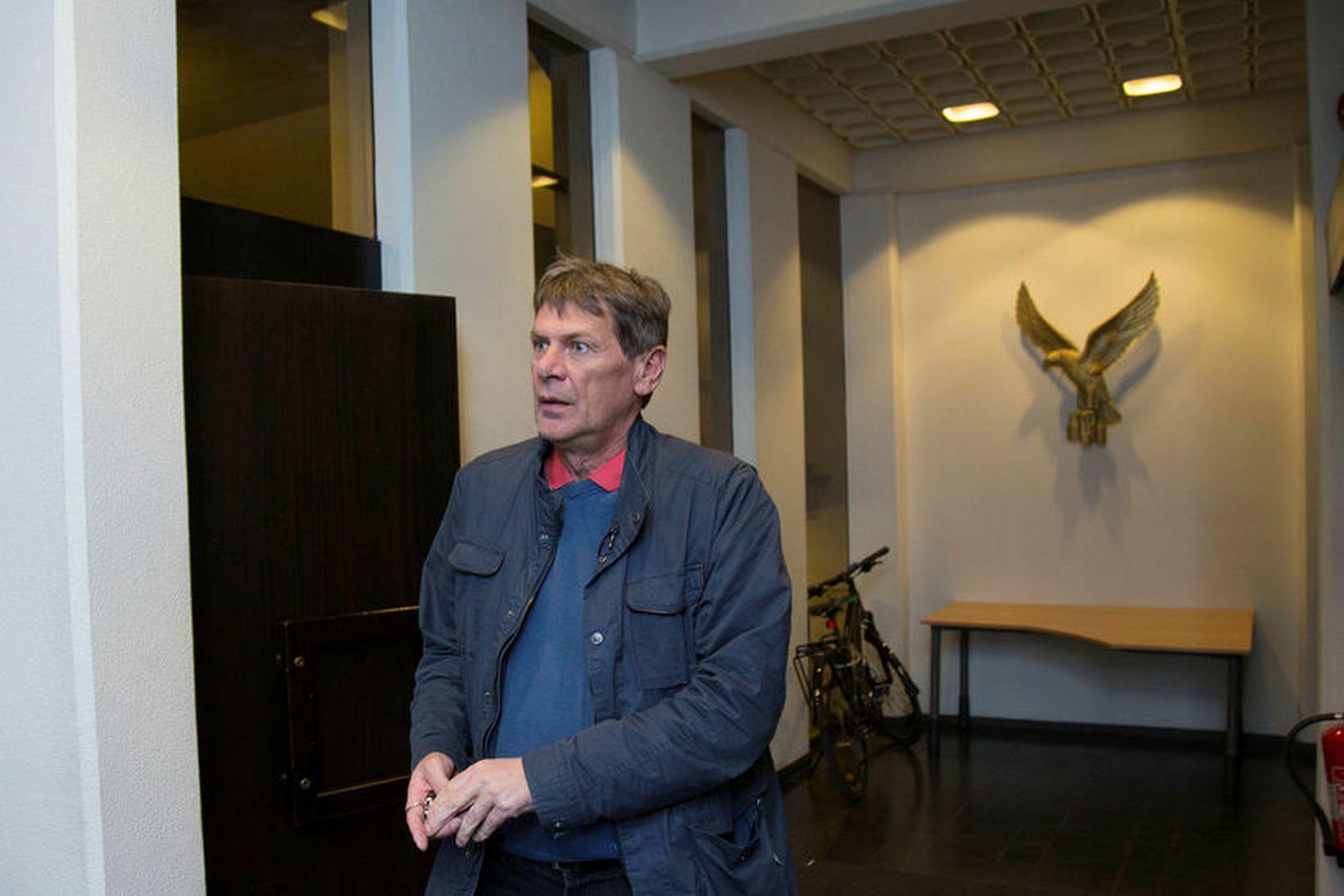Brynjar var á leið heim úr Valhöll.
