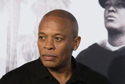 Nicole Young hefur sótt um skilnað við Dr. Dre.