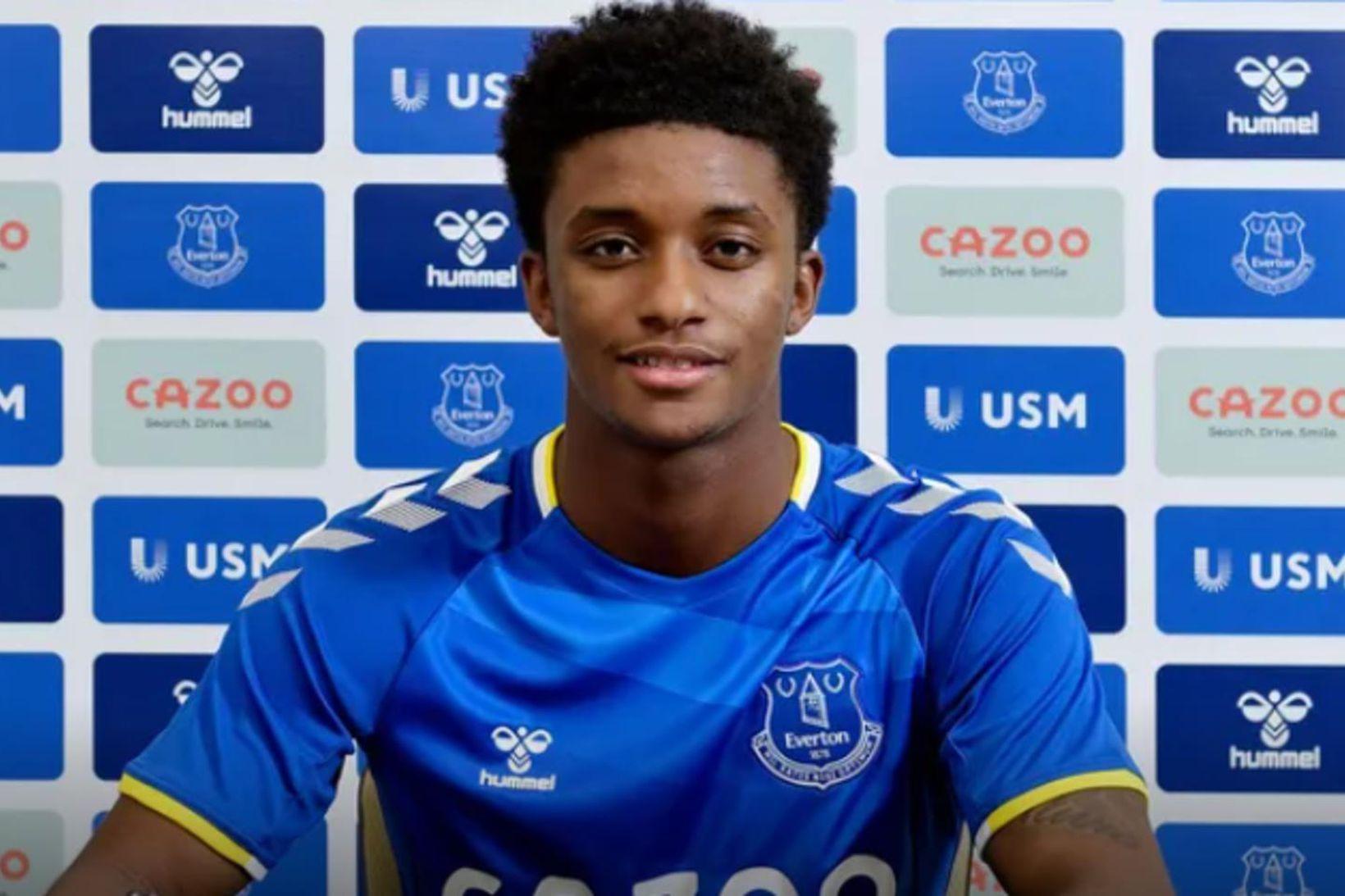 Demarai Gray er orðinn leikmaður Everton.