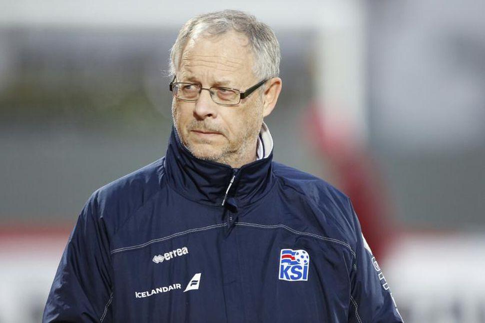 Lars Lagerbäck þjálfari á Laugardalsvelli í kvöld.