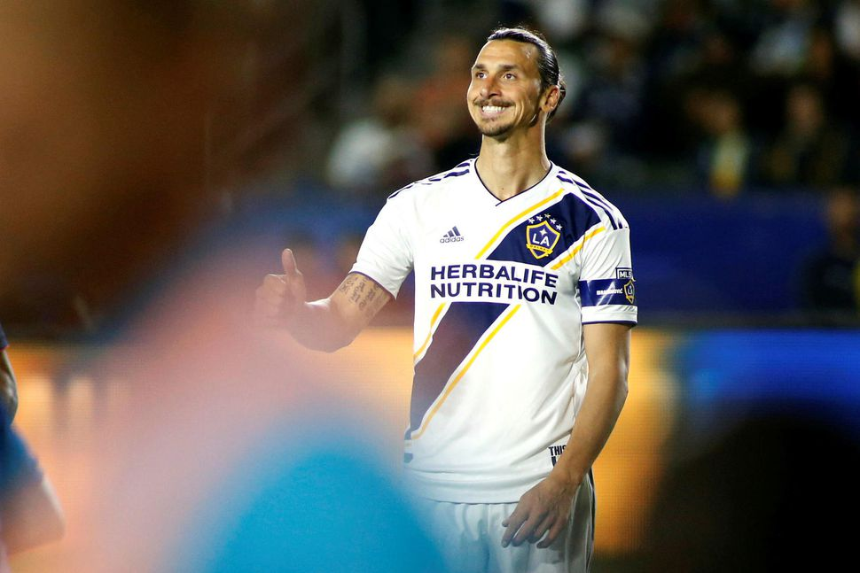 Zlatan Ibrahimovic leikur með LA Galaxy.