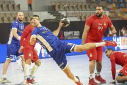 Sigvaldi Björn Guðjónsson skorar gegn Marokkó.