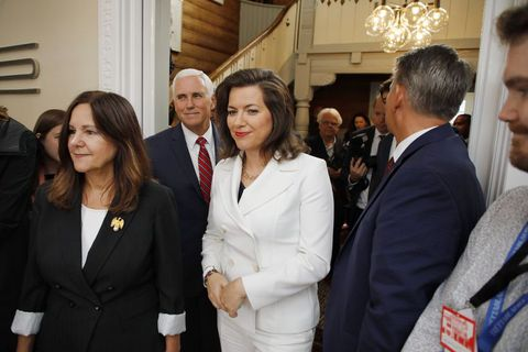 Iceland's First Lady Eliza Reid, with US Vice President Mike Pence and his wife Karen Pence.