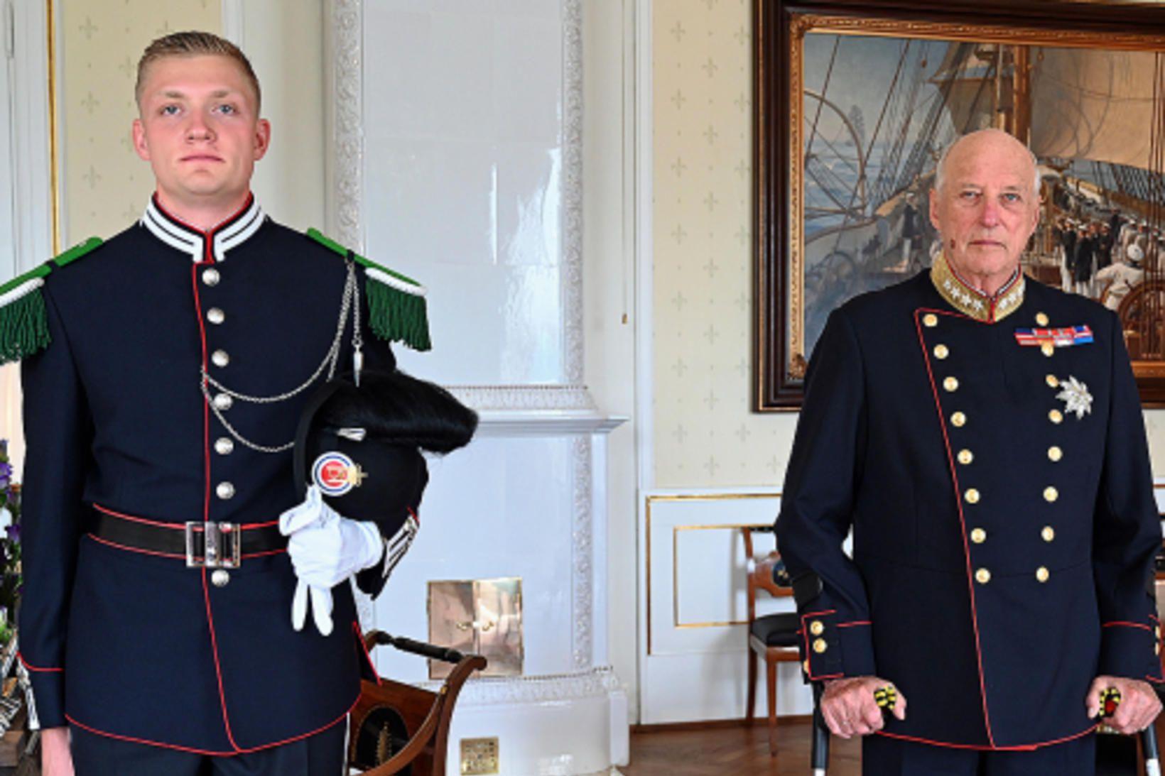 Unnar Logi Hauksson með Haraldi fimmta Noregskonungi.