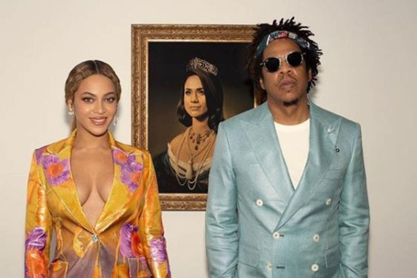 Beyoncé og Jay-Z njóta nú á Miðjarðarhafinu um borð í …