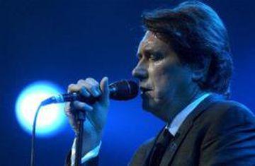 Bryan Ferry á tónleikum
