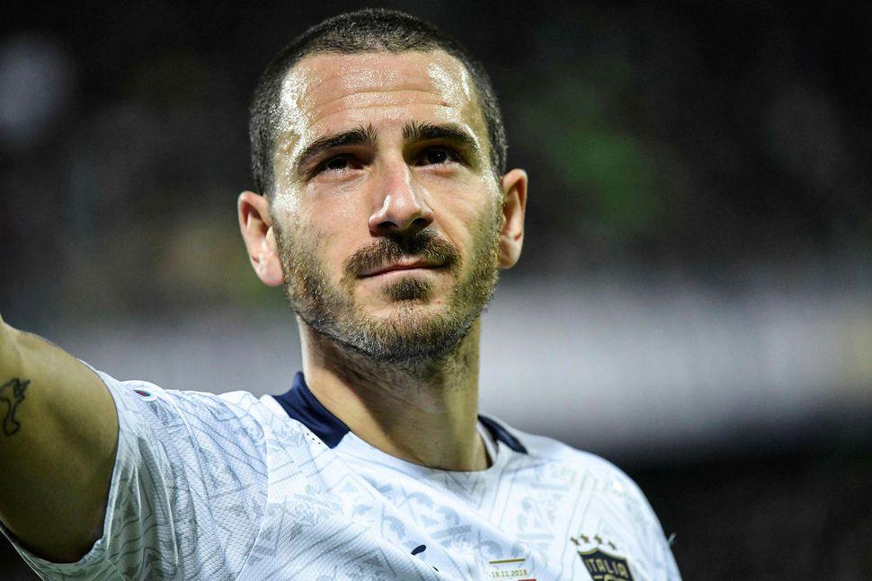 Leonardo Bonucci verður hjá Juventus næstu árin.