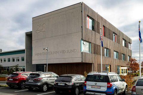 Menntaskólinn við Sund.