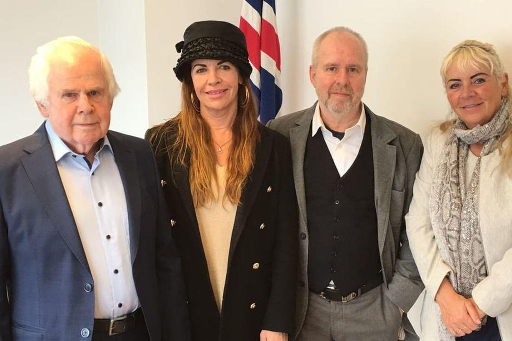 Gunnar Gunnlaugsson, Harpa Karlsdóttir, Gunnar Gunnarsson og Sigrún Björg Bragadóttir.