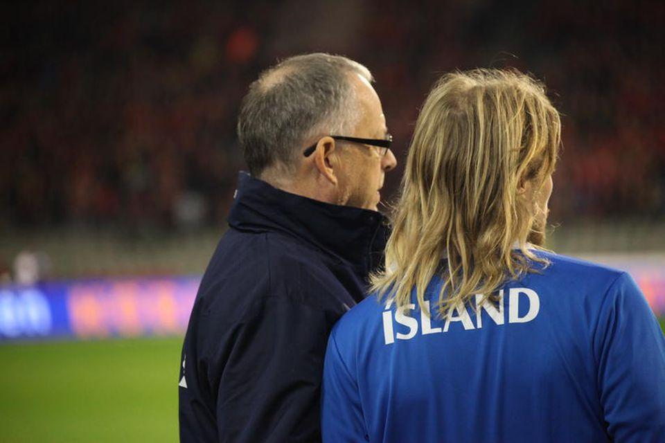Lars Lagerbäck og Birkir Bjarnason.