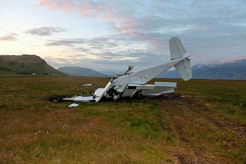 The plane wreck near Múlakot, South Iceland.