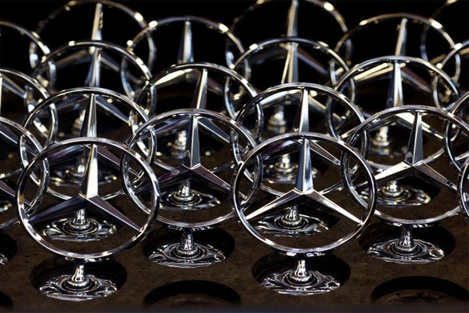 Táknmerki Mercedes-Benz