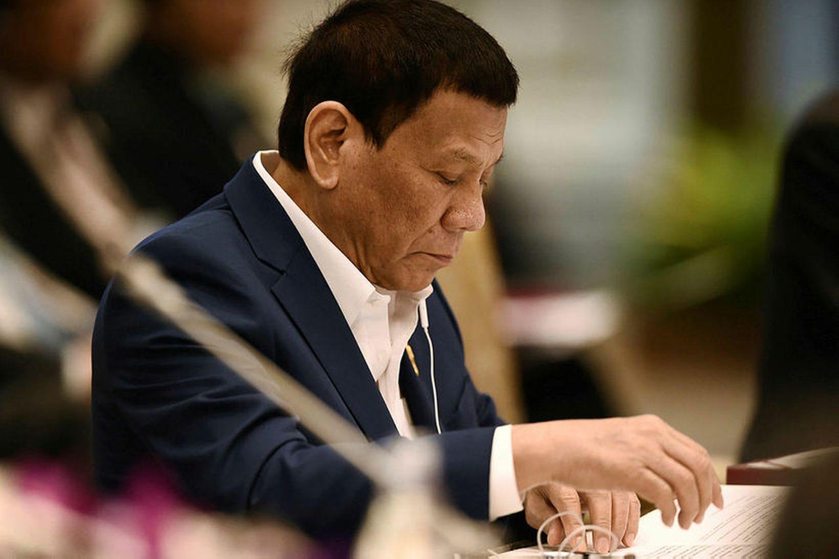 Duterte ygglir sig gegn hverju því vestræna ríki sem fordæmir …