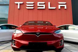 Brotist var inn í tölvur Tesla.