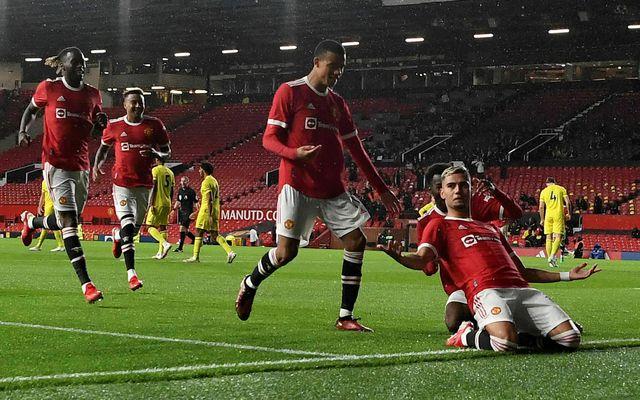 Nokkur smit hafa greinst í herbúðum Manchester United.