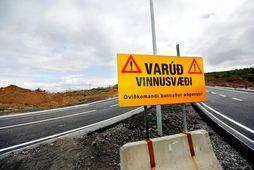 Uppsafnaður vandi í vegakerfinu er metinn á um 60-65 milljarða samkvæmt Vegagerðinni.
