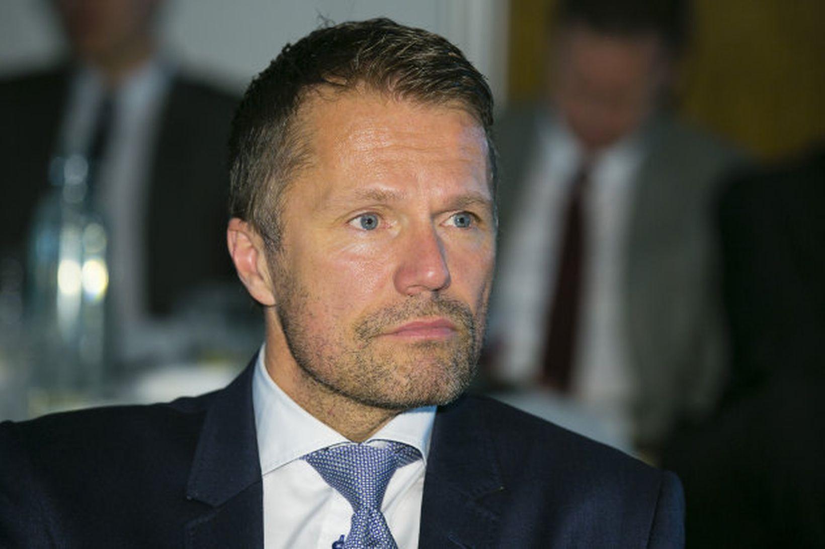 Ómar Svavarsson, forstjóri Vodafone á fundinum í Turninum við Smáratorg …