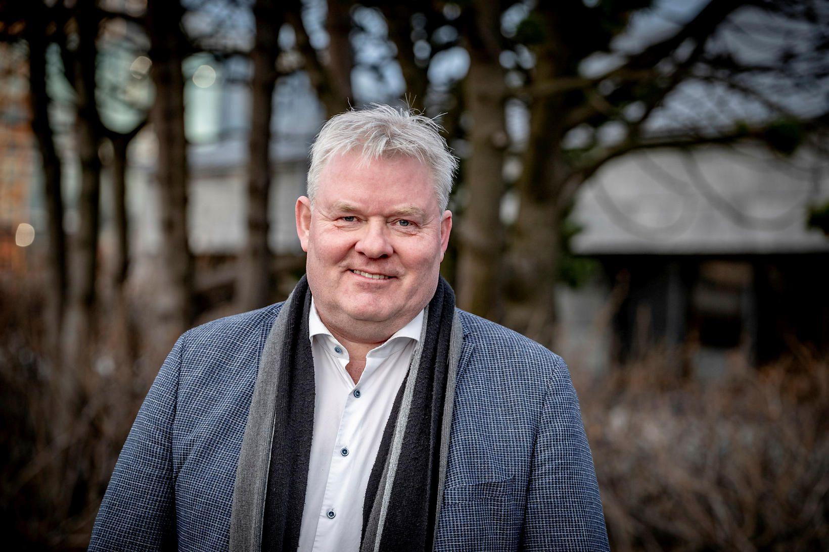 Sigurður Ingi Jóhannsson, samgöngu- og sveitarstjórnarráðherra, er fylgjandi því að …