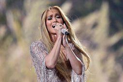 Það vilja án efa margir vera með ljómandi fallega húð líkt og Jennifer Lopez.