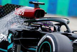 Lewis Hamilton á æfingunni í Búdapest í morgun.