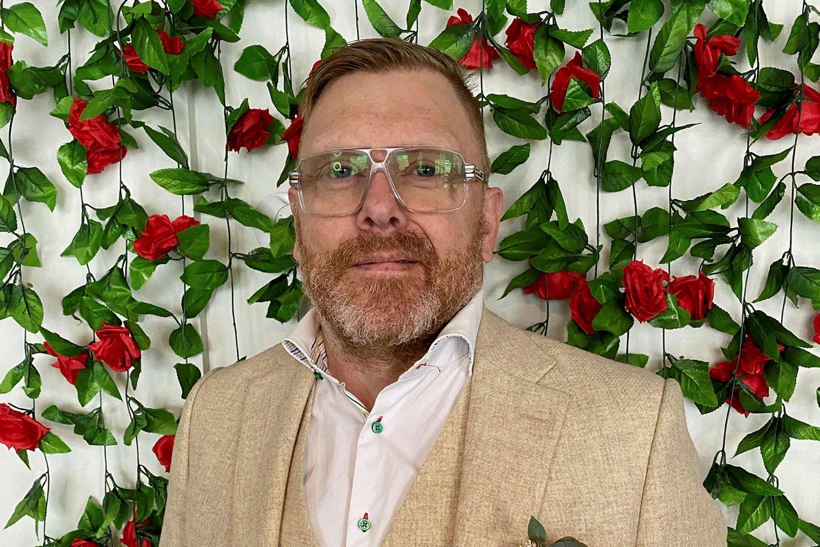 Jón Gnarr fer með hlutverk Skugga-Sveins á næsta leikari.
