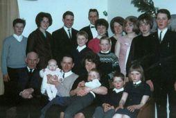 An old photo of the Kjóastaðir family.