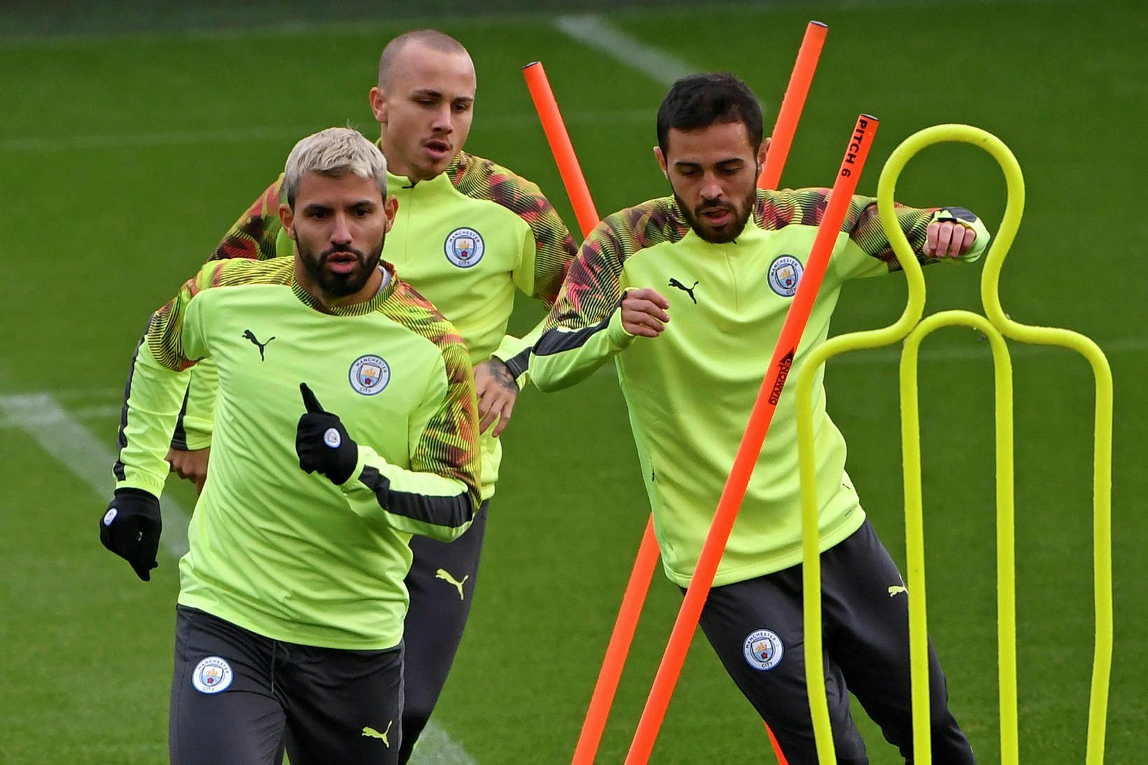 Manchester City á æfingu í dag.